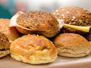 Zachte basis- of luxe- belegde broodjes